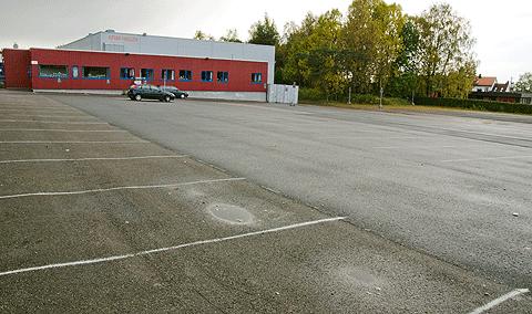 KFUM-Hallen,Parkeringsplass